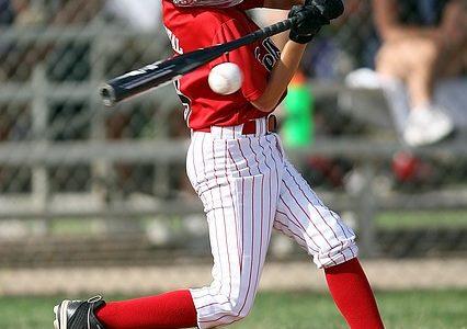 しっかりと意識したい、ランナー2塁の時の進塁打の打ち方とは?